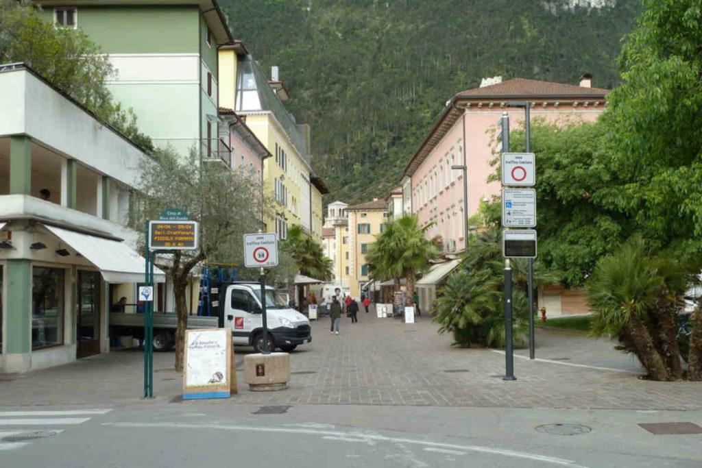 Ztl-Riva-varchi-San-Francesco