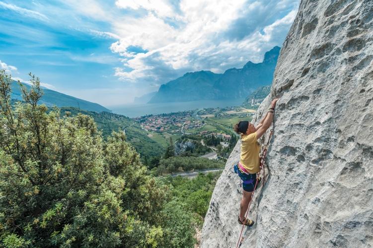 f5-05-belvedere-arrampicata-arco-360gardalife.jpg