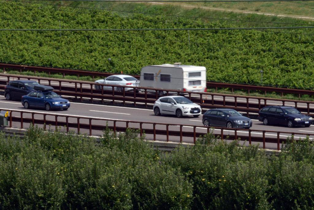 auto-autostrada-1024x683.jpg