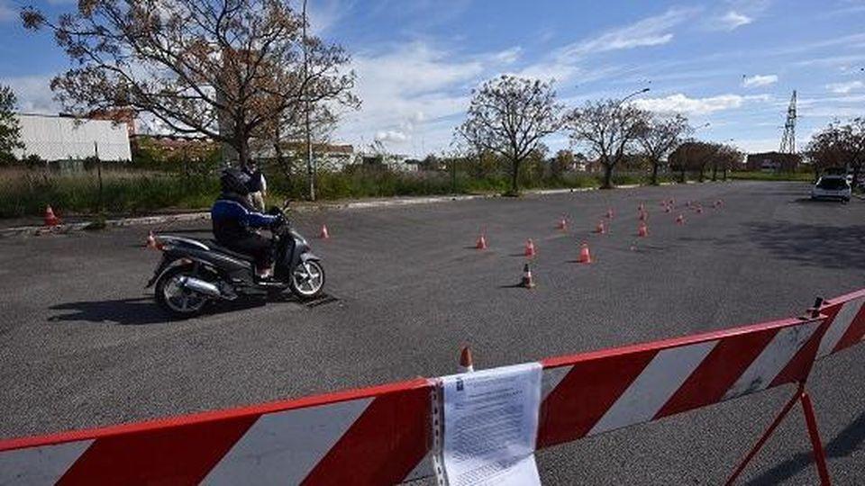 piazzale-scuola-guida-moto.jpg