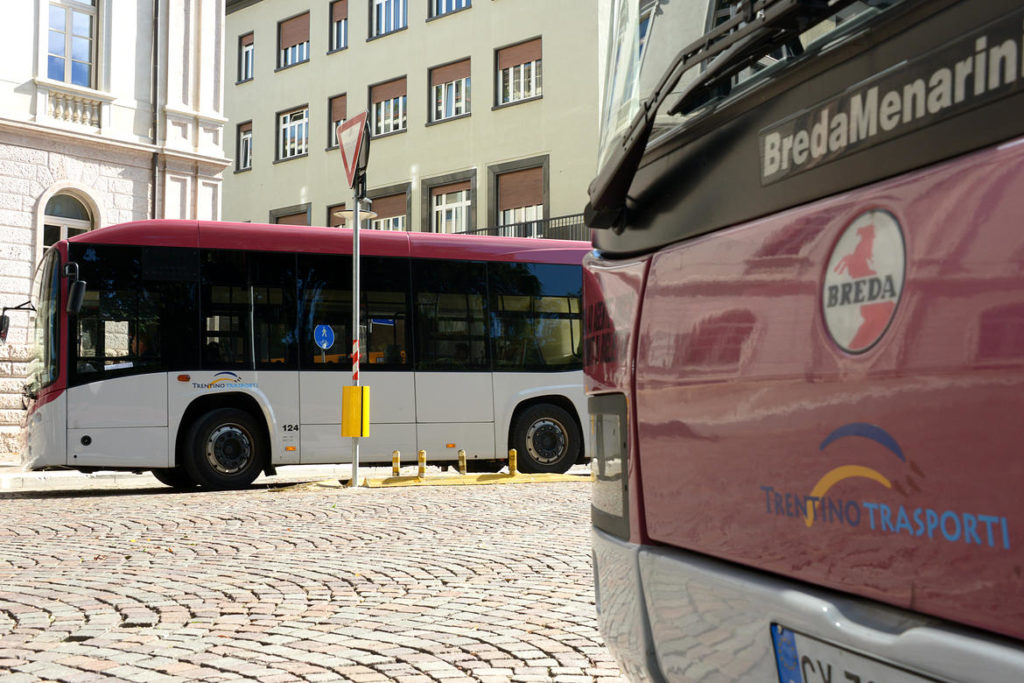 trasporti-autobus-corriere-urbano-1024x683.jpg