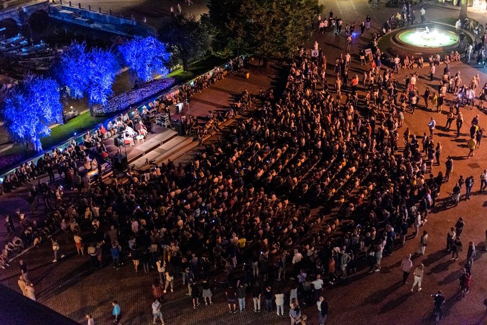 w-festival-intermittenze-guccini.jpg