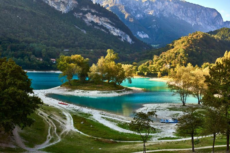 lago-di-tenno-ed-i-dintorni_800_resize.jpg