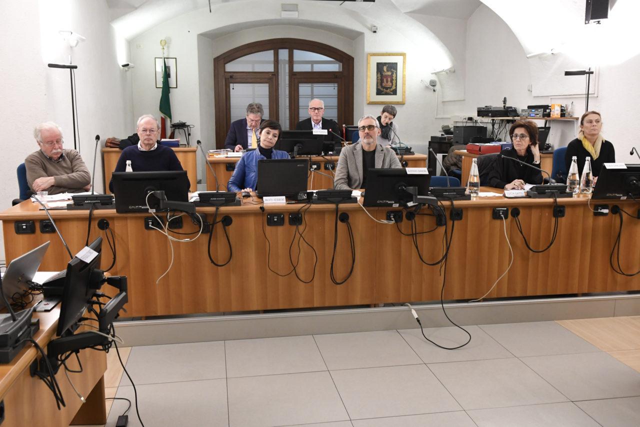 20200120_DSC9782 riva CONSIGLIO COMUNALE SU URBANISTICA FASCIA LAGO AREA EX CATTOI