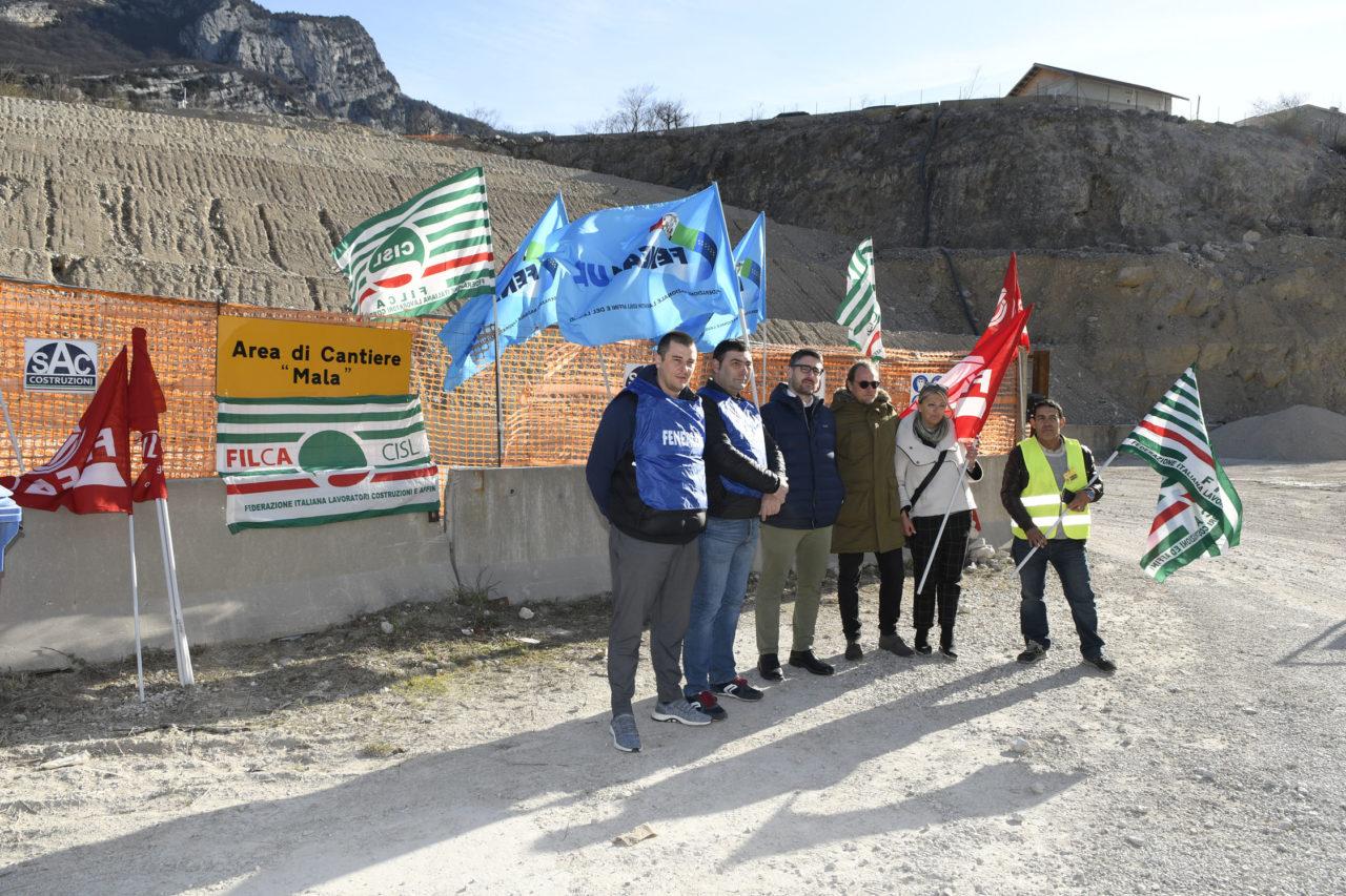 20200213_DSC3039 NAGO PROTESTA SINDACALE CANTIERE TUNNEL LOPPIO BUSA
