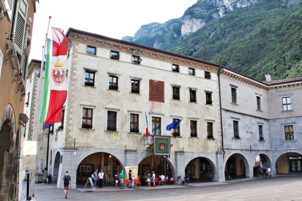 Municipio_di_Riva_del_Garda_TN-1280x853.jpg