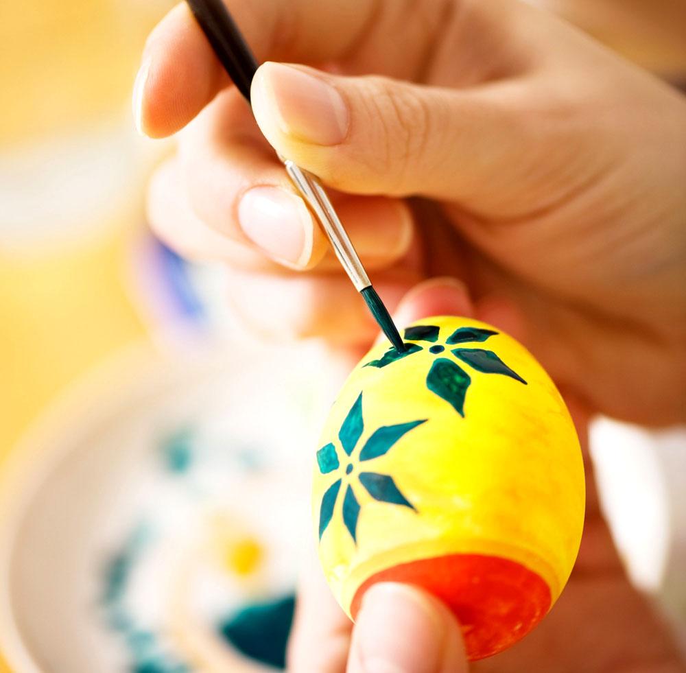dipingere-uova-pasqua.jpg