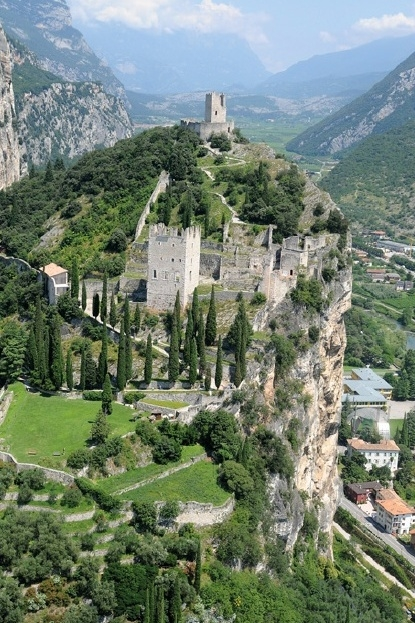 castello-di-Arco-03.jpg