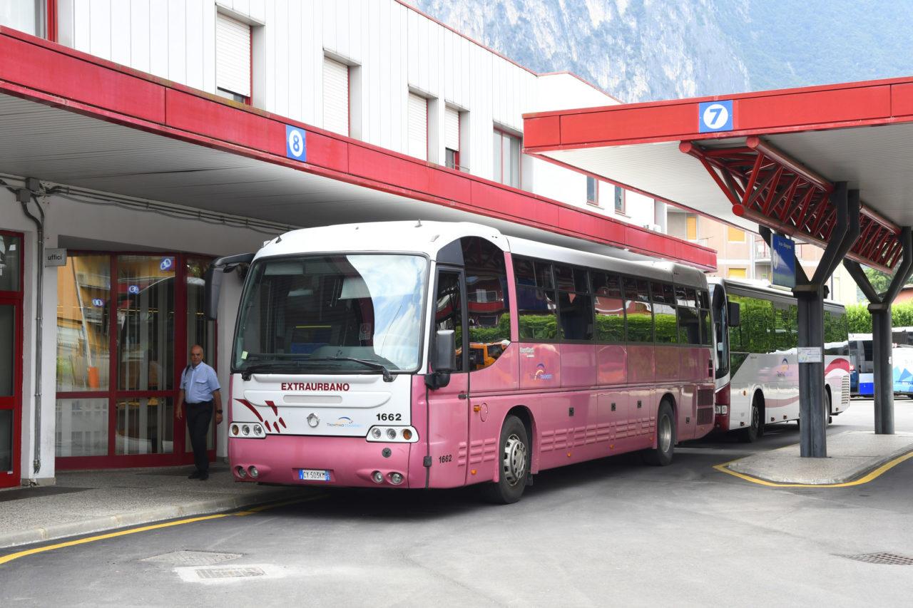 20200625_DSC2834 riva stazione corriere autobus