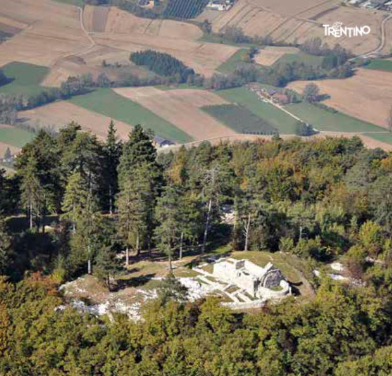 Monte-San-Martino-Lomaso-e1592374314579.jpg