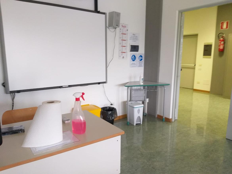 scuola-covid-sanificazione.jpg