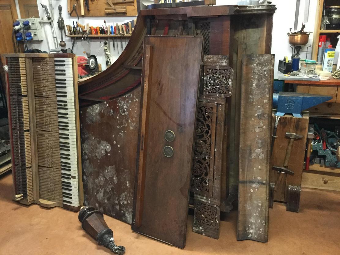 pianoforte righi prima-del-restauro