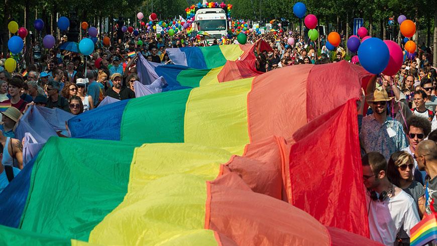 LGBT_shutterstock_145025080p.jpg