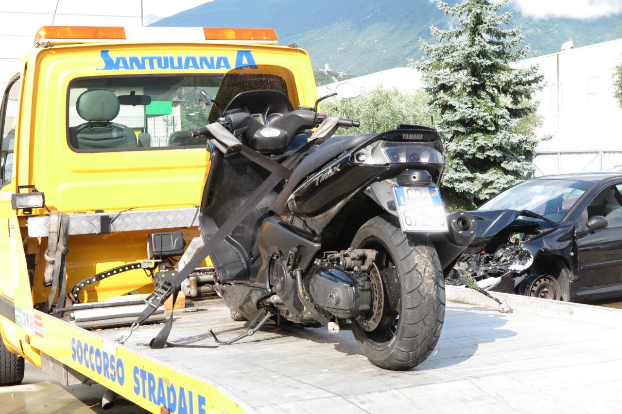 IMG_0253-Giovanni-Lanna-incidente-moto-arco-1280x853.jpg