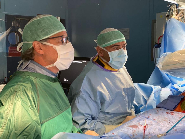 intervento-chirurgia-vascolare2_imagefullwide