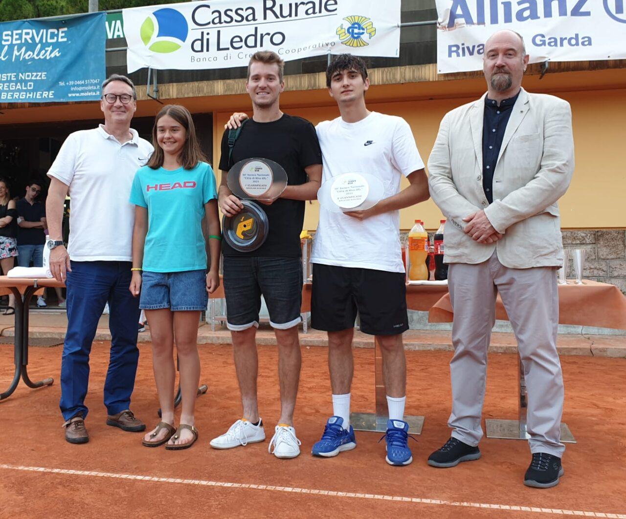 tennis riva Finalisti con Presidente e Assessore