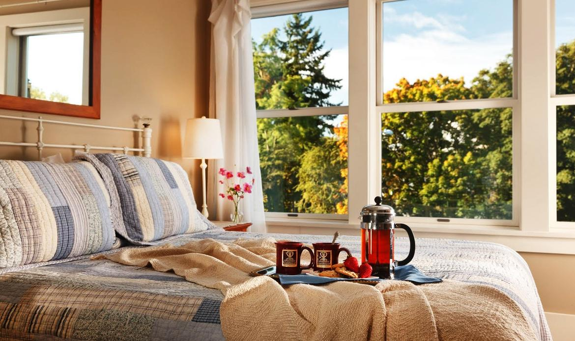 bed-and-breakfast_imagefullwide.jpg