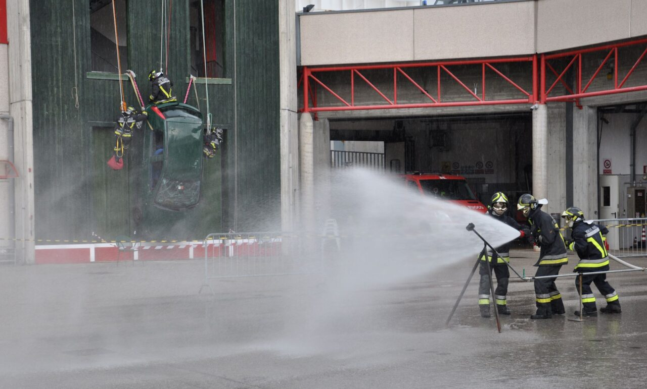 esercitazione vigili del fuoco DSC_9573r